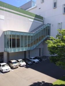 ホテル内駐車場2