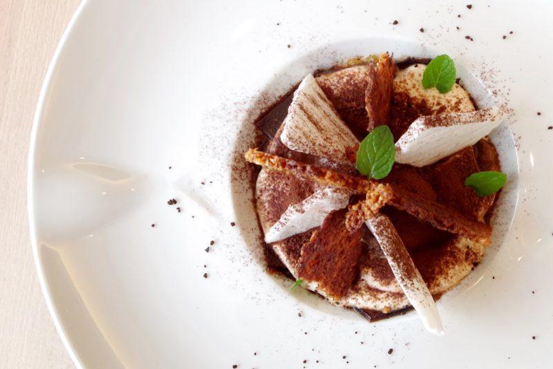 ベルヴュランチ(冬コース・全7品) つまんでご卵 糸島チーズ「TAK」ラクハク カフェのティラミス仕立て