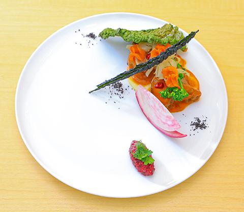 プレジールランチ 日替わりで旬の肉料理をお楽しみ頂けます。