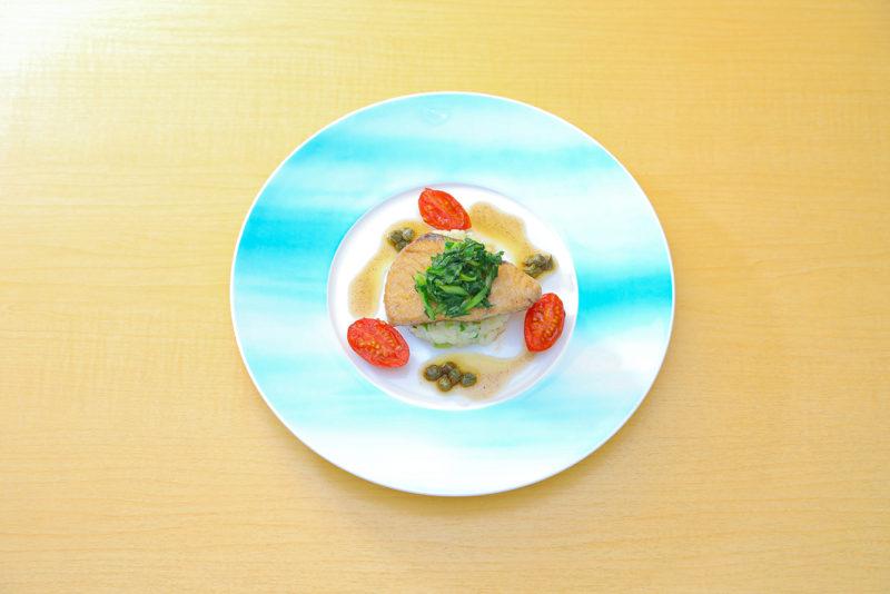 プレジールランチ 日替わりで旬の魚料理をお楽しみ頂けます。