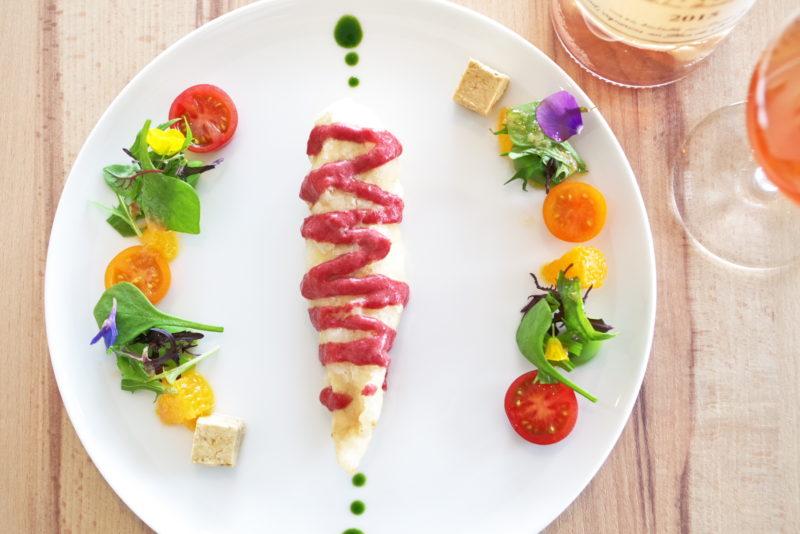 プレジールランチ はかた地鶏 桜香るベーニュに オレンジ風味のムース・フォアグラと春野菜の菜園仕立て