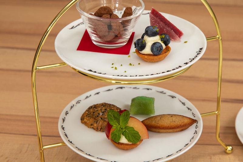 Menu Chef シェフのおすすめコース 本日のミニャルディーズ