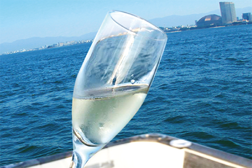 海の上でHappy Birth Day スパークリングワイン 1本
